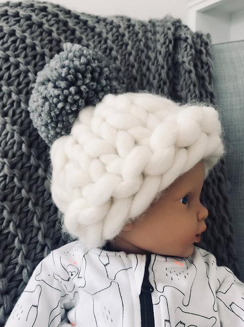 POM POM Little One Hat