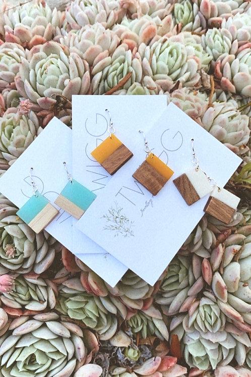 Bulk (12) Cupid square wood resin earrings