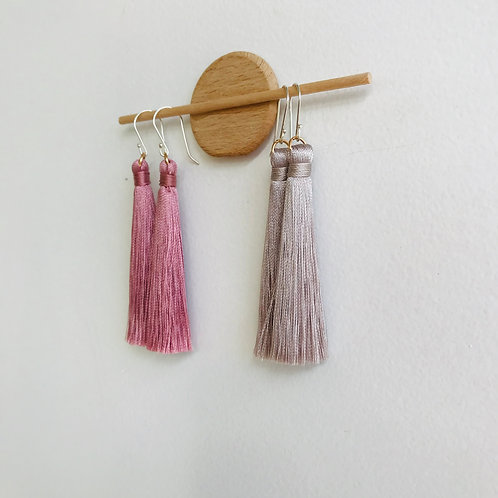 Mid silk thread earrings