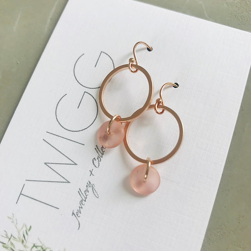 Blush Chloe earrings