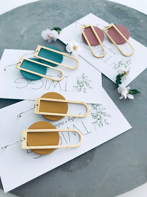 Colour block D earrings