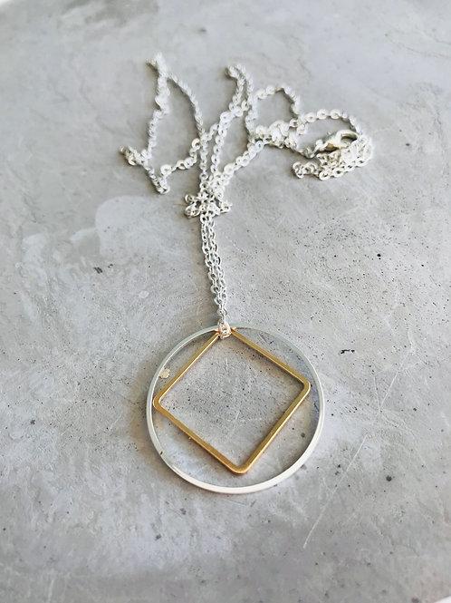 Caim Geo Necklace