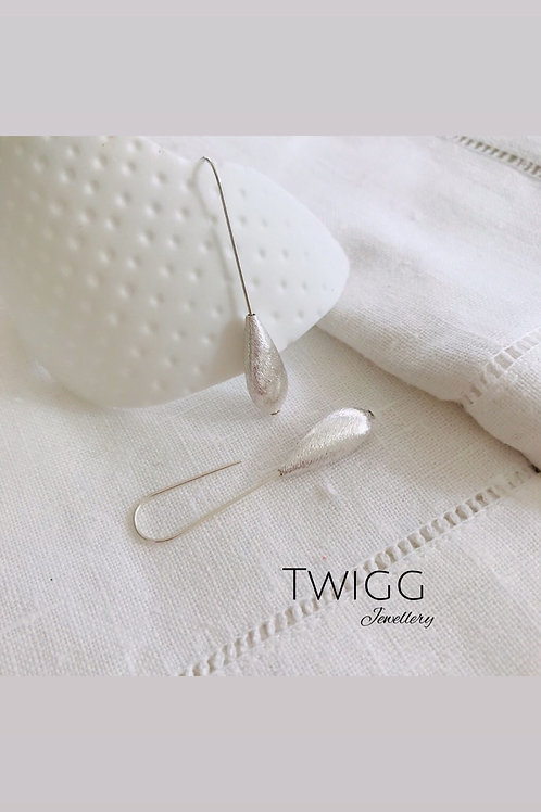 Tubular brushed silver earrings