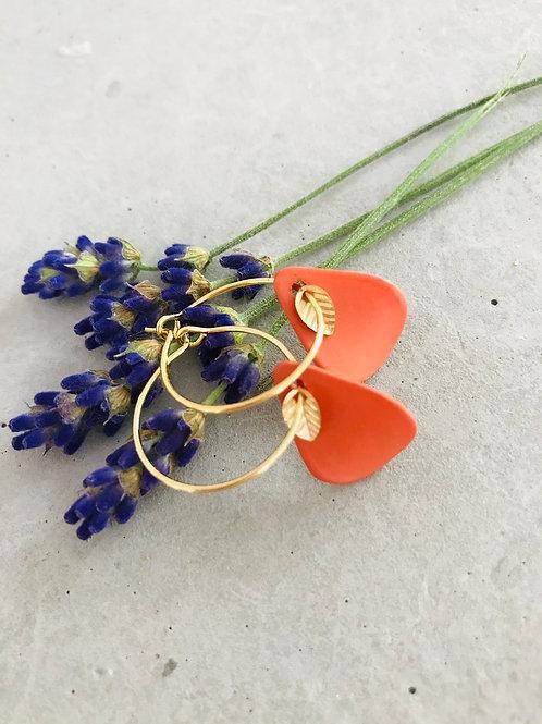 Olive petal earrings - Olive