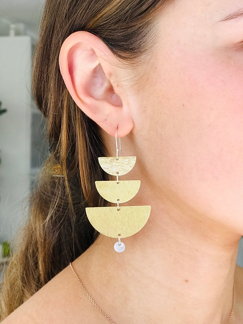 Crescent layered piko earrings