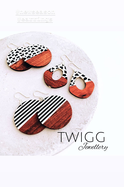 Scorched palet earrings