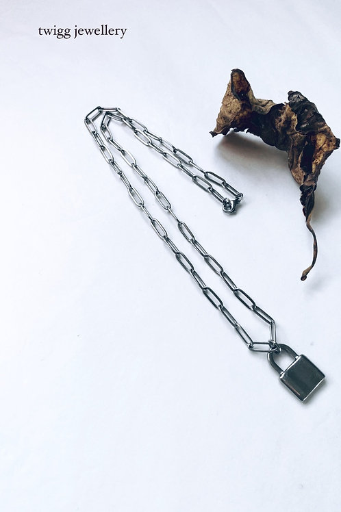 Padlock chain necklace - silver