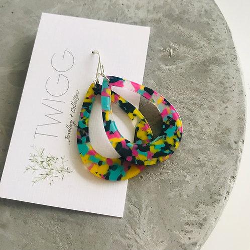 ARC TEAR Acrylic earrings