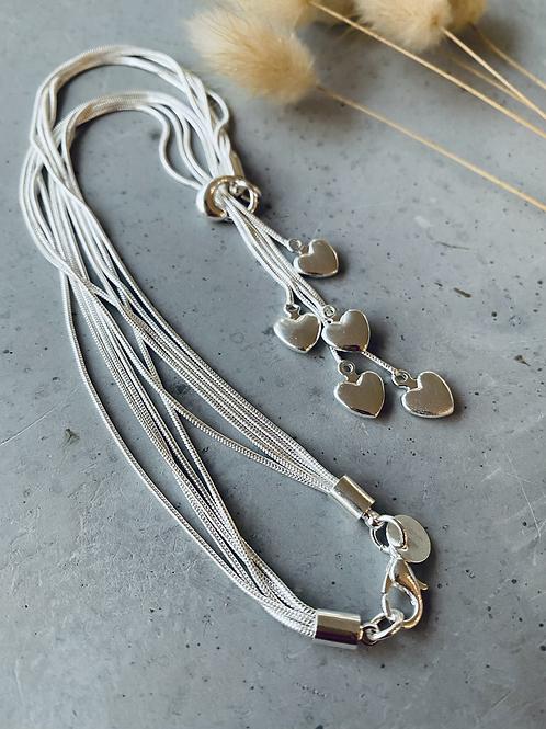 Heart flow necklace