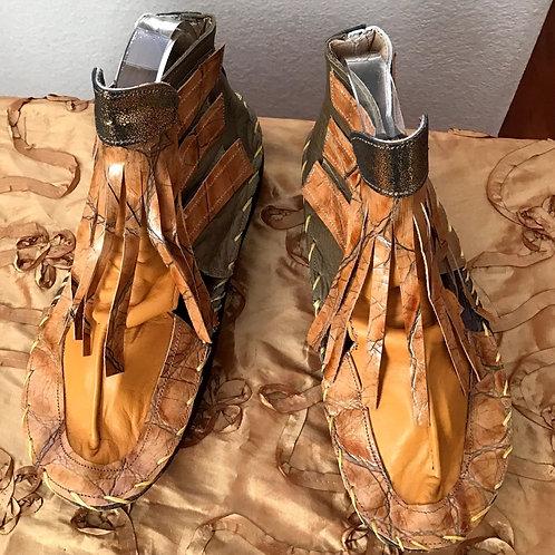 Beige wooden Wokanda bootie