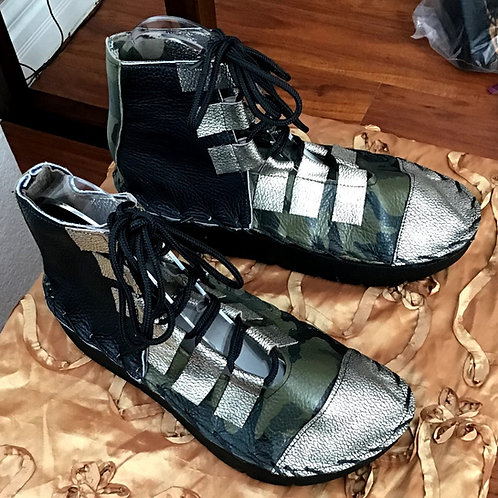 Camo with silver tip lace up boot