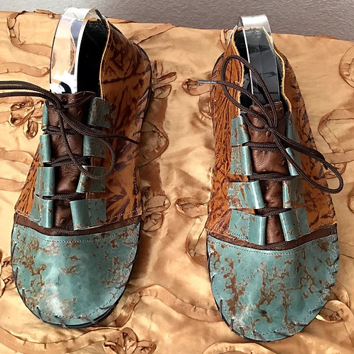 Brown and turquoise oxford lace up shoes
