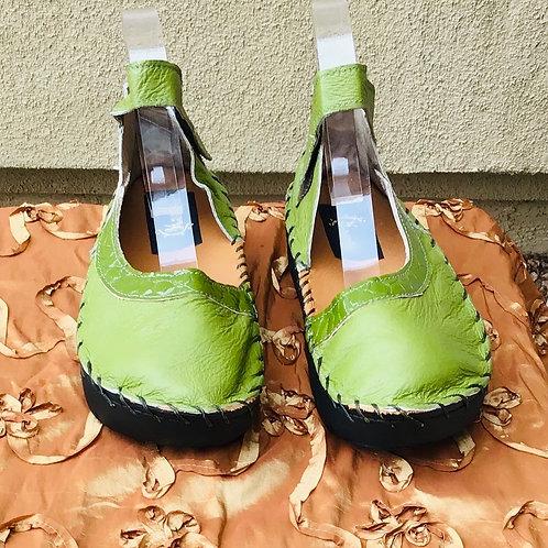 Chartreuse green half moon shoe