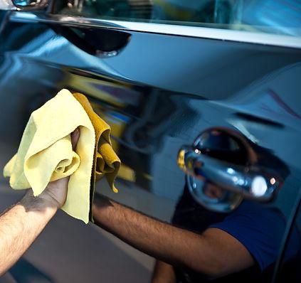 Polishing an expensive car Orchard Auto Mobile Car Valeting 2021 Edinburgh