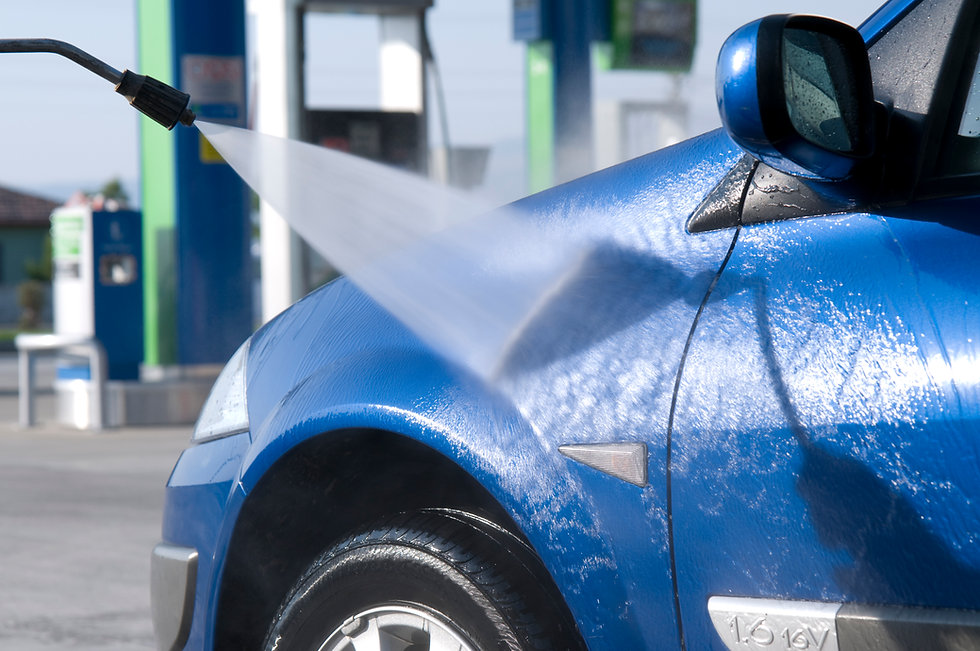 Power washing a blue car Orchard Auto Mobile Car Valeting 2021 Edinburgh