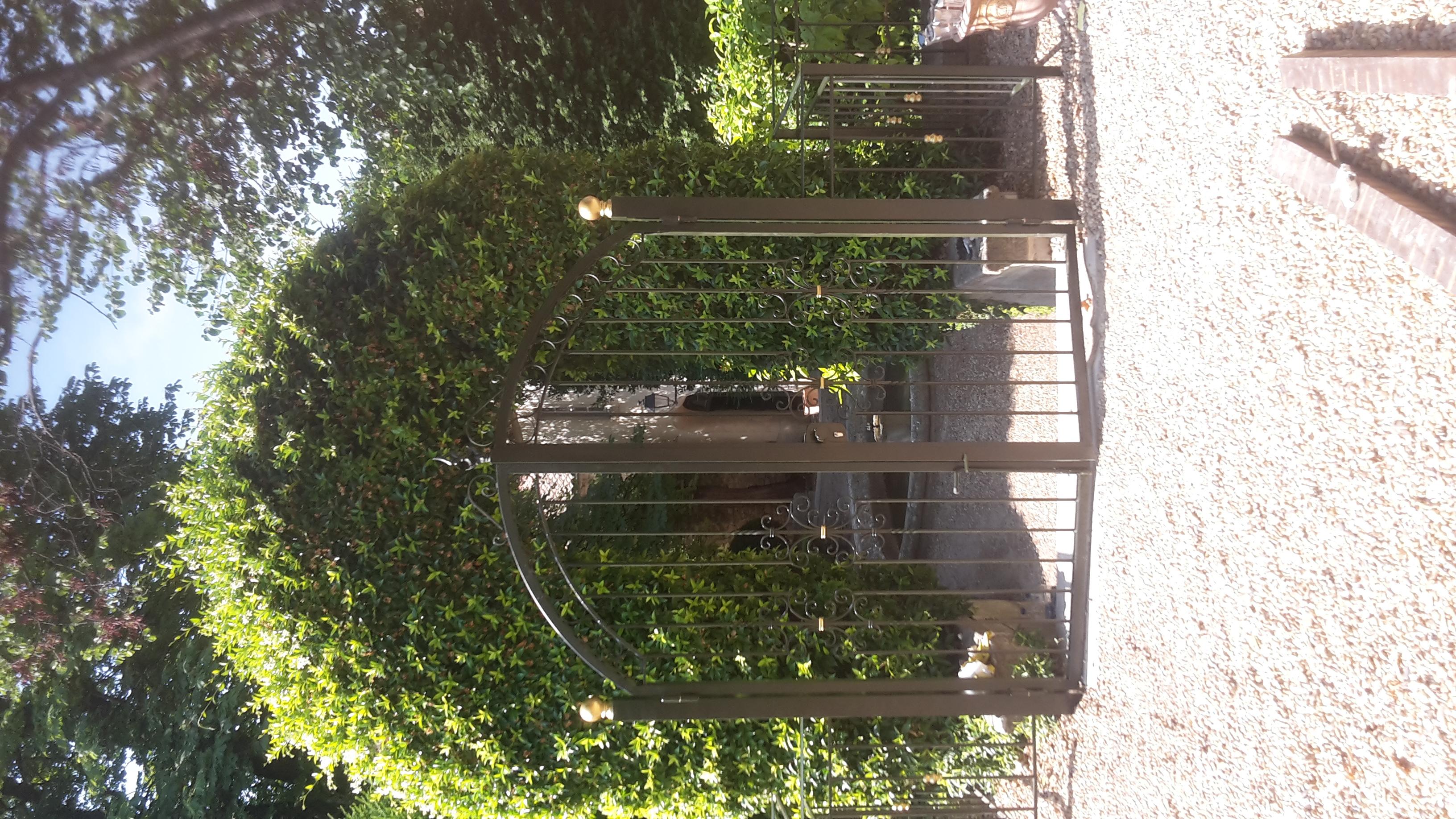 Portail de clôture sur mesure