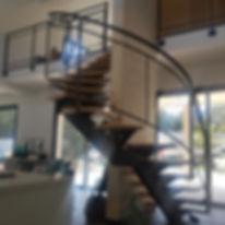 Réalisations escaliers sur mesure par Art Métal à Nimes