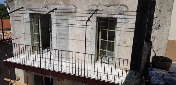 Structure de la pergola pour couverture de la terrasse