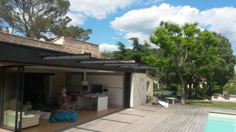 Pergolas pour patio piscine sur mesure