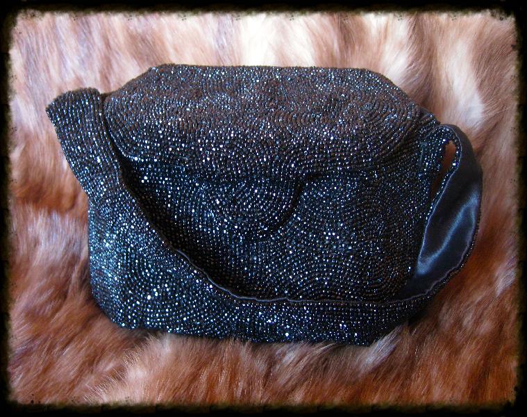 black beaded purse1