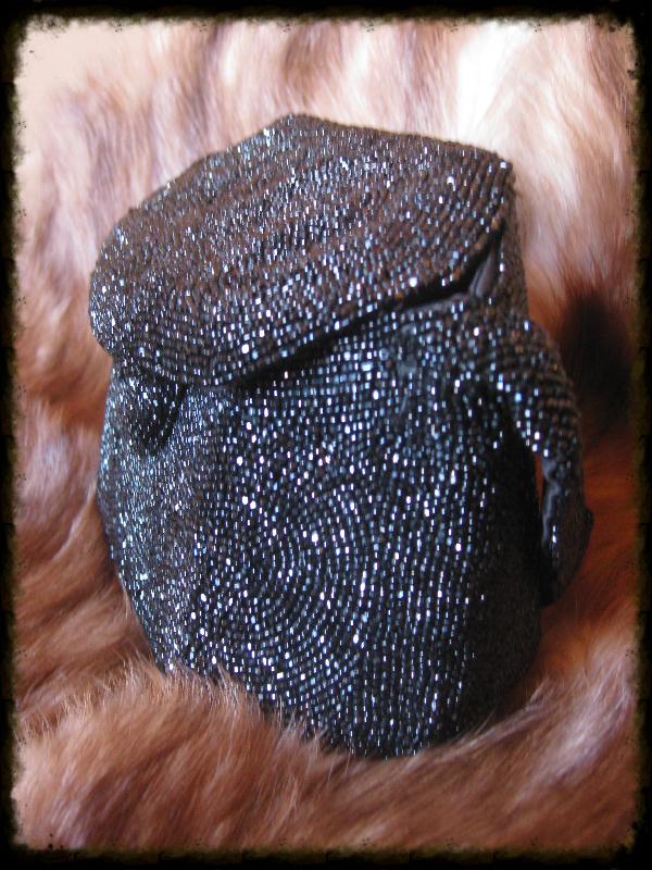 black beaded purse3