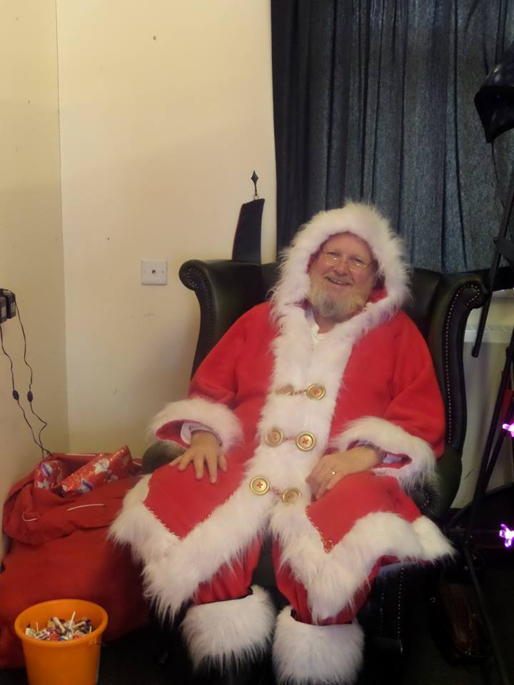 Santa-makeitshine