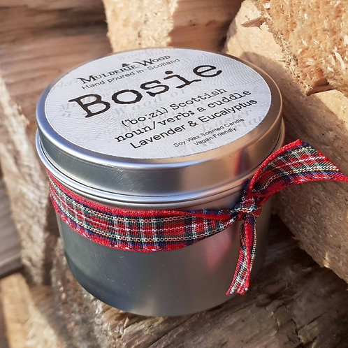 Bosie Lavender and Eucalyptus Scottish Hug Soy Wax Soothing Tin Candle