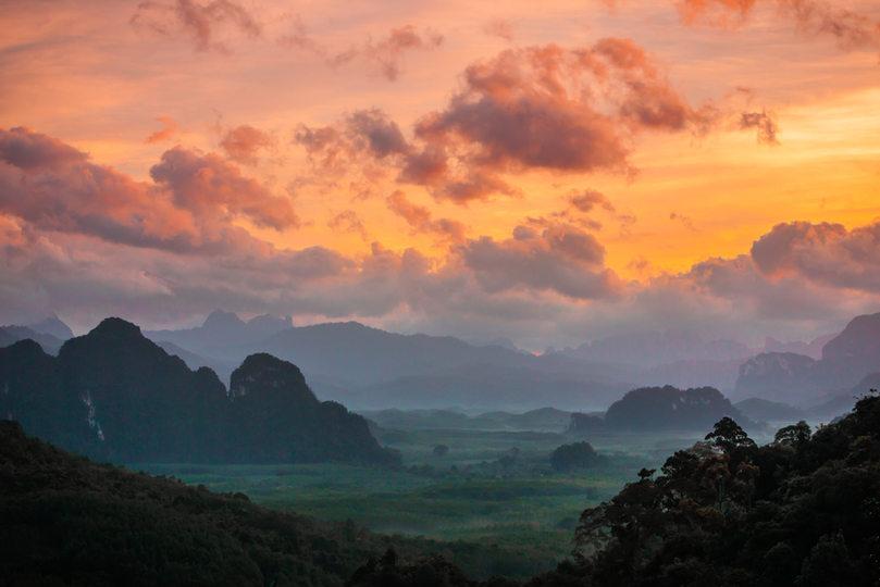Sunrise in Elephant Hills.