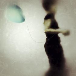 The Girl and Balloon