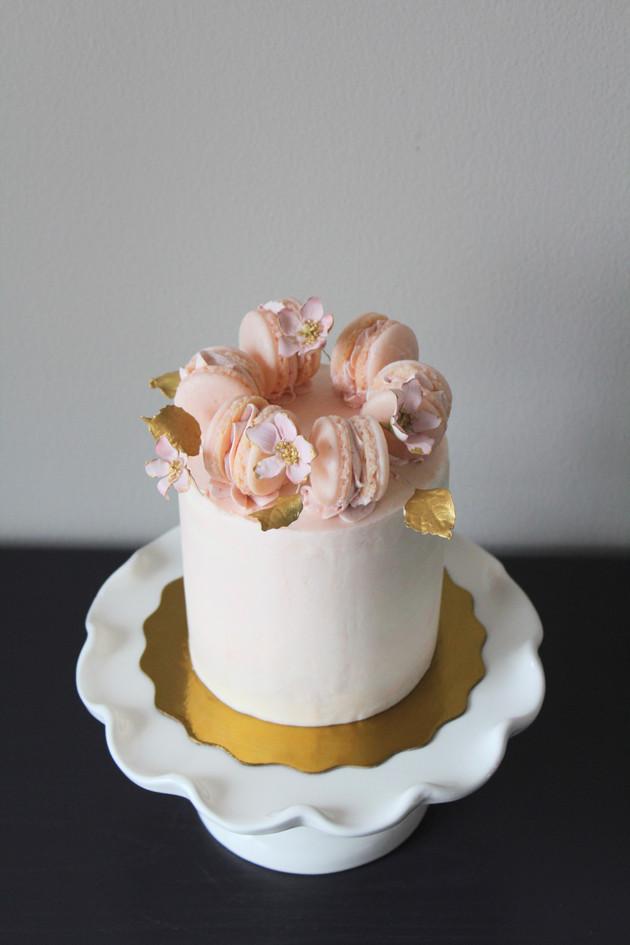 Mini Macaron Cake