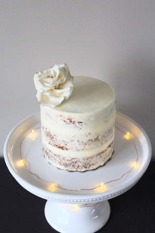 Semi-Naked Barrel Cake