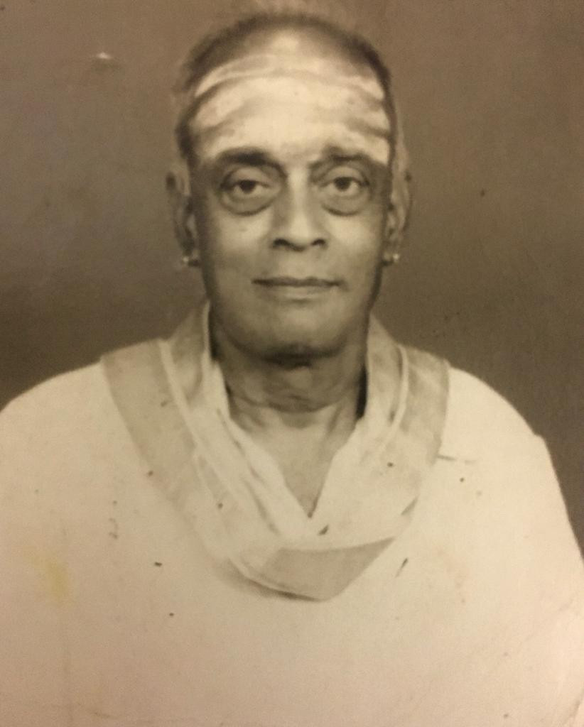 Dr. Nagendra Shastry's music guru Vid. Ambi Bhagavatar who was a direct disciple of Vid. Ariyakudi Ramanuja Iyengar and Vid. Chembai Vaidyantha Bhagavatar