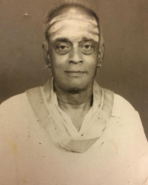 Dr. Nagendra Shastry's music guru Vid. Ambi Bhagavatar who was a direct disciple of Vid. Ariyakudi Ramanuja Iyengar and Vid. Chembai Vaidyantha Bhagavatar