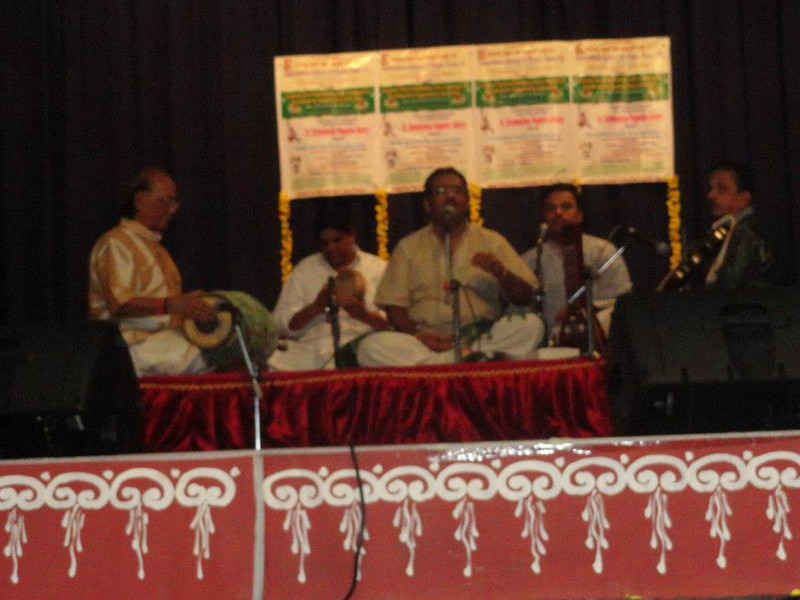 Padmabhushana Dr. T.V Gopalakrishnan, Vid. Peri Sriram Murthy and Vid. CP Vyasavittala accompanying Dr. Nagendra Shastry