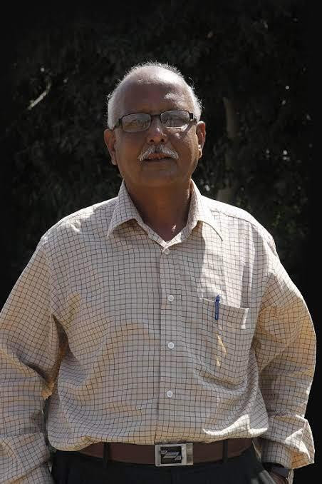 Dr. Nagendra Shastry's literature guide, Dr. R Sheshashastry