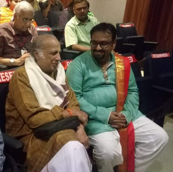 Dr. Nagendra Shastry with Sangeetha Kalanidhi Trichur Ramachandran