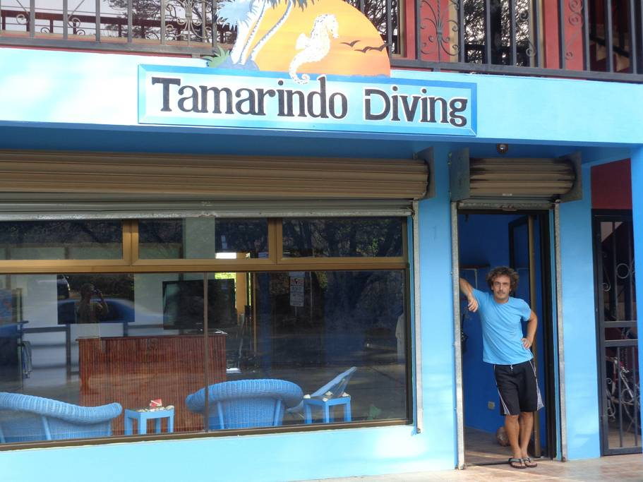 Tamarindo Diving Entrance