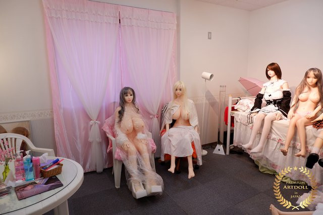 AD-Showroom1-640.jpg