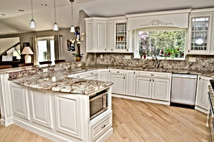 Traditional Kitchen Full Backsplash