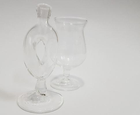 פיסול בניפוח זכוכית פיירקס  Sculpture boro-silicate glass, blown