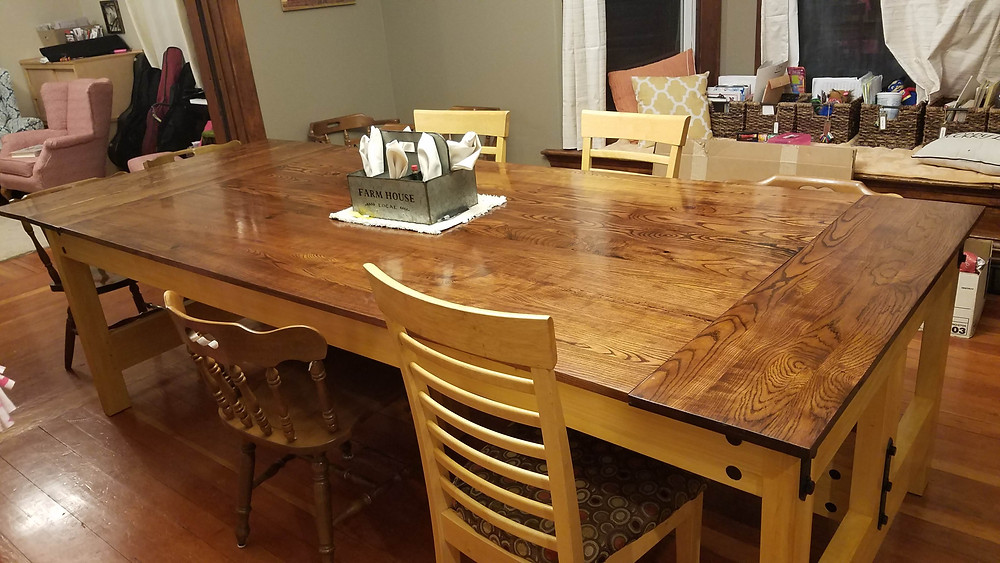 Woodley Table
