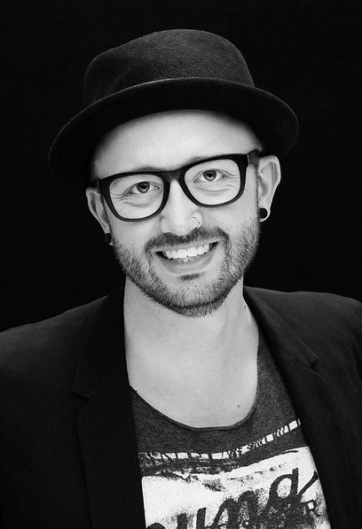 Josh Crumley Owner Skyline Salon Stylist Kansas City