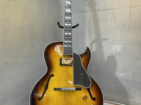 Tsuji Guitars, handmade in Japan, custom guitars.