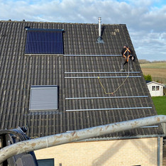 Plaatsing zonnepalen hellend dak