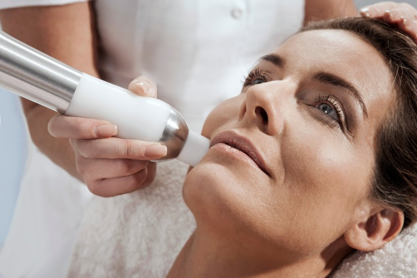 Eximia Facelift for anti-wrinkle, and lift. Restore collagen and elastin.