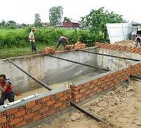 Building hydrotherapy pool