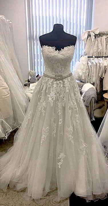 designer_wedding_dresses_bride_manchester