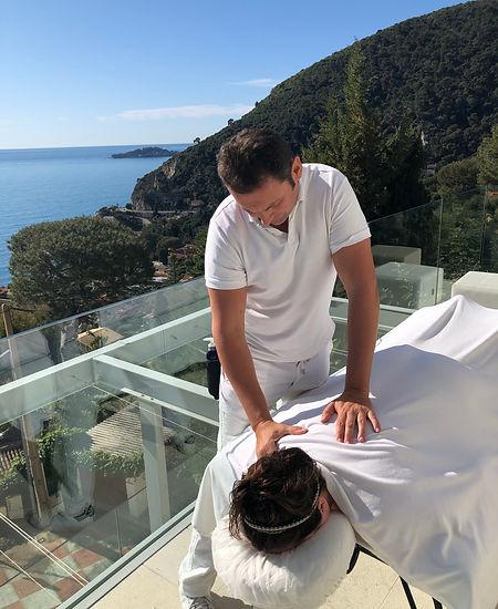 massagesuedoiscontact.jpg