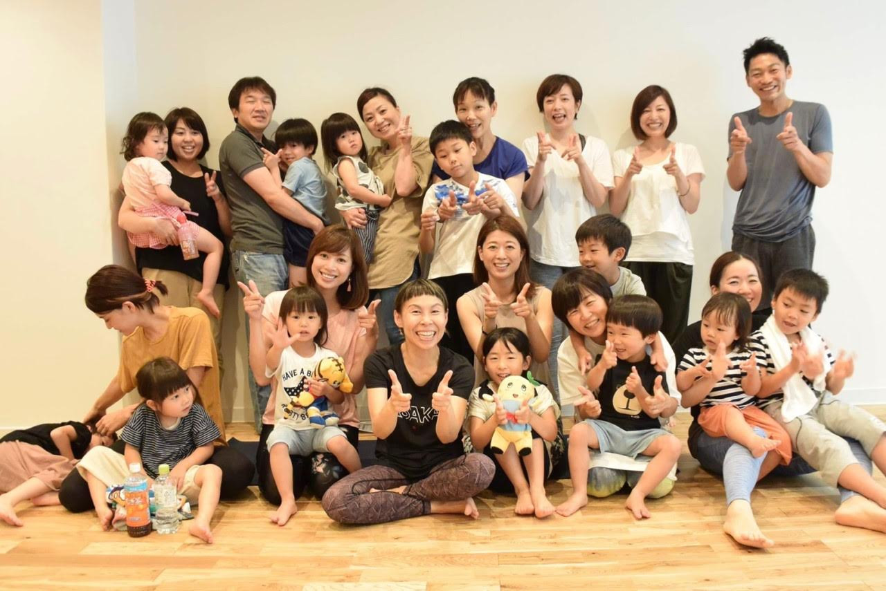 ヨガアカデミー大阪で親子ヨガを体験