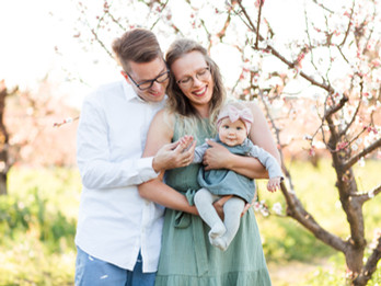 SPRING FAMILY SESSION | Heritage Orchard, Saratoga